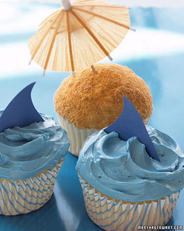 0306_kids_sharkcupcake_xl